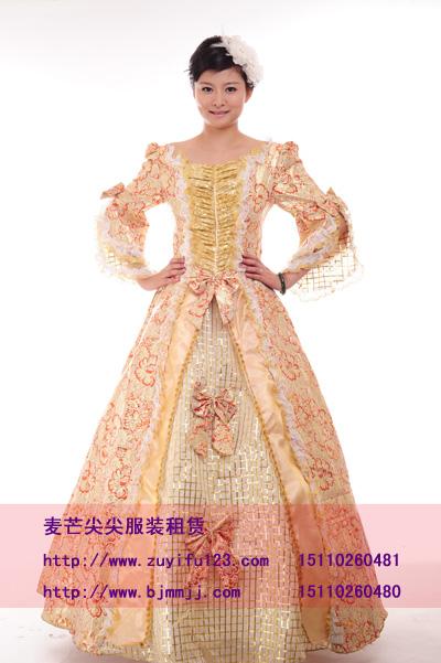 欧式风格婚礼服装